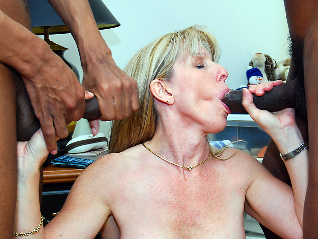 Pornstar Tube, Free Porn Movies PornWaiter. Com